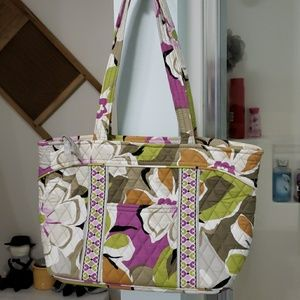 Vera Bradley Mandy tote in Portobello Road
